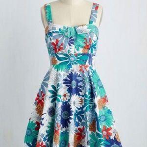 NWOT MODCLOTH FLORAL DRESS